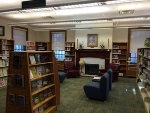 Medium bordentownlibraryinside2