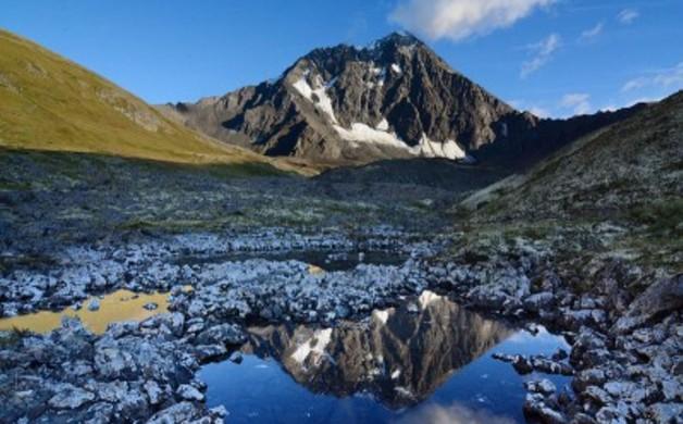 800px-Bold_Peak_Chugach_Mountains_Alaska