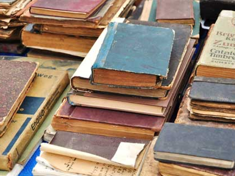 Give Back to the Community: How to Donate Your Old Books | Woodstock