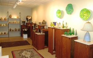 Artists show the versatility of ceramics and glass - 12012014 1122AM