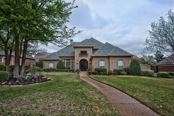 928 Parkview Lane. Photo courtesy of Realtor.com