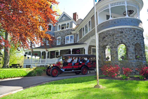1915 Stanley Mt. Wagon giving rides to visitors around the Auburn Heights mansion during a Steamin' Day. Credit Mike Ciosek