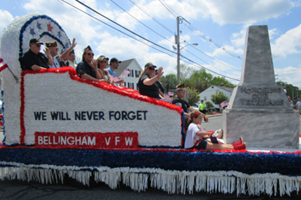"Bellingham Post 7272 float ""We will never forget"""