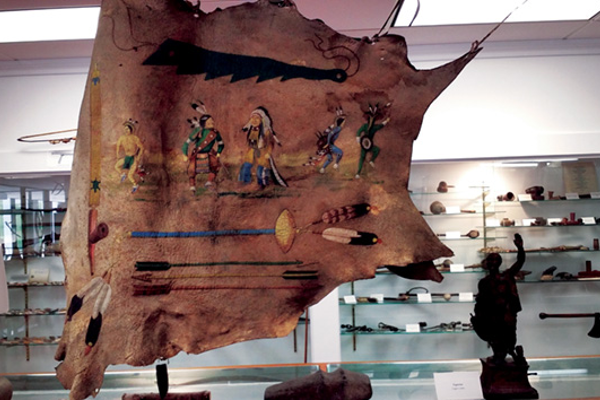 The Stirrup Gallery has an amazing collection of Native American artifacts, including Indian pottery dating from 100 BC.