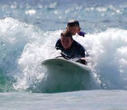 Medium mike 20and 20brock 20surfing