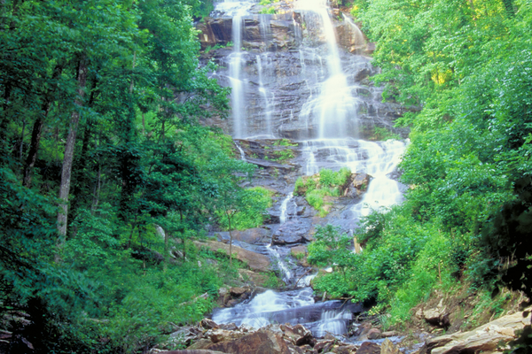 Amicaloia Falls. Photo courtesy of Georgia Department of Natural Resources.