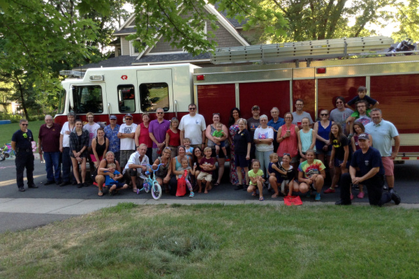 Maple Grove neighbors gather Aug. 2, 2016 for National Night Out. (photo by Doug Erlien)