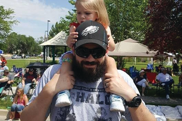 Jamie Holbein with daughter Jacqueline at the Murray Fun Day Parade. Photo by Teralee Holbein