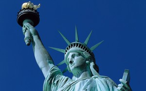 Medium statue of liberty 7
