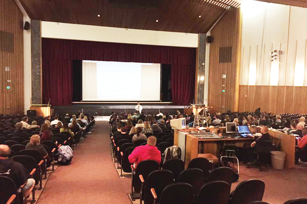 Parents attend Granite School District's February 2016 BOE meeting to learn about the reconfiguration. (Granite School District)