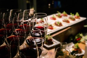 Holiday Wine Experience - start Dec 15 2016 0630PM