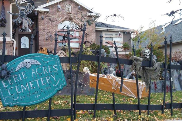 Leigh Anne Duff's entry for the Herriman Art's Council's Best Dressed Halloween House. This entry won the Scariest award. (Leigh Anne Duff)