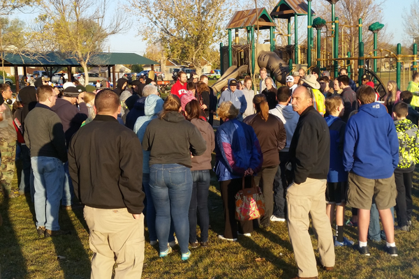 Comcast Cares Day at the Veteran's Memorial Park in West Jordan 2016 (Dirk Burton)