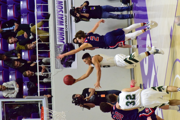 Senior Karris Davis lays it up in the 4A semifinals against Springville. (Suzanne Richins/Hillcrest Basketball)