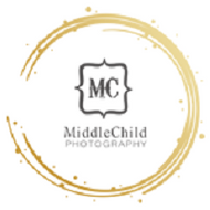 Middle child photography logo retina 5