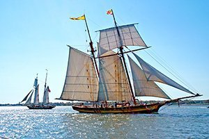 Medium cambridge tall ship schooner rendezvous