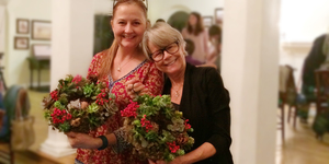 Medium casa wellness holiday succulent wreath workshop