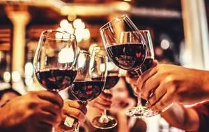 Medium wineglasses