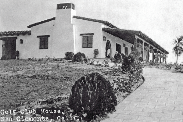 First clubhouse was located near the corner of Magdalena and El Camino.