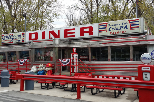 Sara's Diner at Presque Isle in Erie