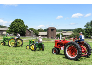 Antique Tractor Day     - start Aug 05 2018 1000AM