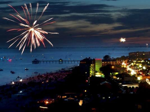 Fort Myers Beach 4th Of July Parade and Fireworks - start Jul 04 2018 1000AM