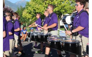 Riverton 20parade 208