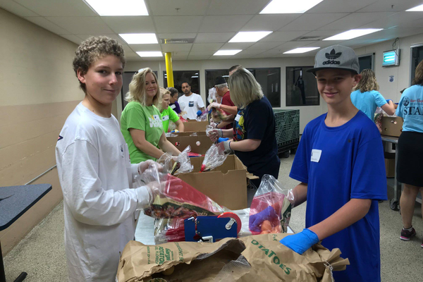 Harry Chapin Food Bank's Family Volunteer Day in Lee County. Photo courtesy of Harry Chapin Food Bank.