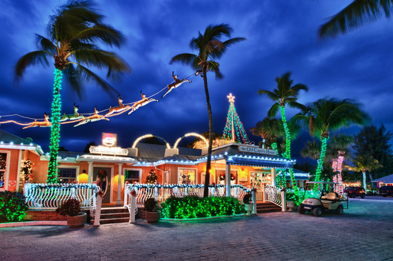 Sanibel captiva island luminary holiday stroll festival
