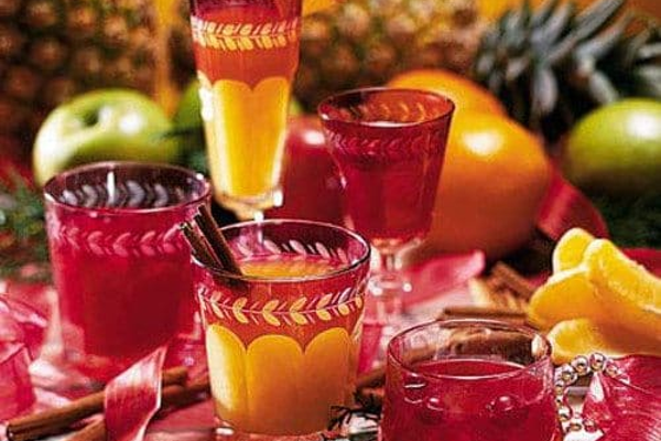 Pineapple wassail drink