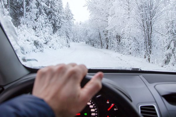 1140 winter driving tips.imgcache.rev78090b7f3bd37752a29994937e1f3e90
