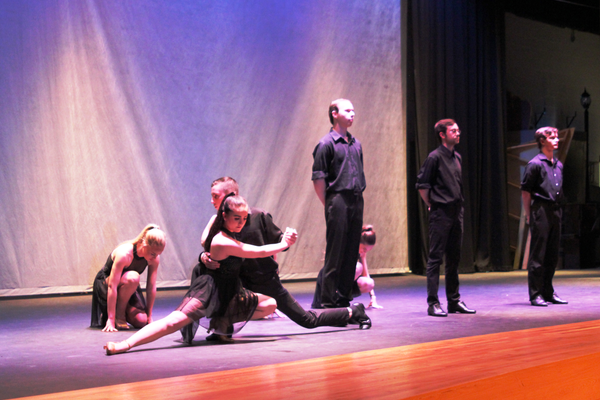 Skyline High dance performs during the Holladay Reflections in Dance concert on April 8. (Photo by Hank Kesler)